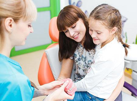 Priem-k-ortodonty-v-Omske.jpg